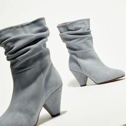 Bottes en Velours de Cuir Kim grise bleuté - Talon 5 cm - Apologie - Modalova