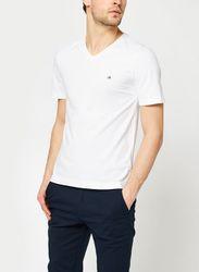 Logo Embroidery V-Neck T-Shirt par - Calvin Klein - Modalova