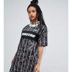Robe t-shirt à fleurs - adidas Originals - Shopsquare 46a1a61630c
