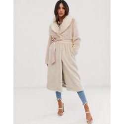 10b580be851d3 ASOS - Manteau long en fausse fourrure duveteuse avec ceinture - ASOS  DESIGN - Shopsquare