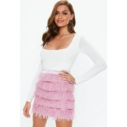 Courte rose plumes d autruches Petite - Missguided - Shopsquare ea7bf8ffc885