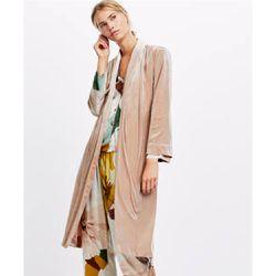 61b1f7b3621 Robe de chambre velours franges - Oysho - Shopsquare