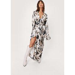 Abstract Animal Print Maxi Slit Dress - Nasty Gal - Modalova