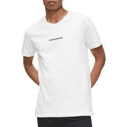 T-shirt INSTIT CHEST LOGO REG TEE - Calvin Klein Jeans - Modalova