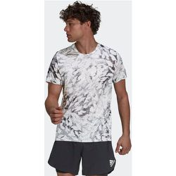 T-shirt adidas Fast Graphic Primeblue - adidas performance - Modalova