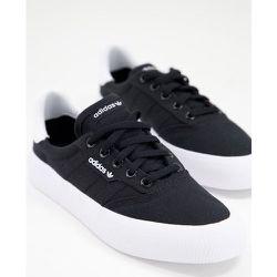 MC - Baskets - et blanc - adidas Originals - Modalova