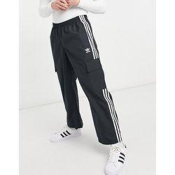 Adicolor - Pantalon cargo à troisbandes et à poche - adidas Originals - Modalova