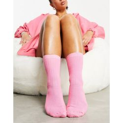 ASOS - Weekend Collective - Chaussettes longueur mollet côtelées à logo brodé - ASOS Weekend Collective - Modalova
