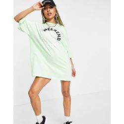 ASOS - Weekend Collective - Robe t-shirt oversize à logo coloré - citron - ASOS Weekend Collective - Modalova