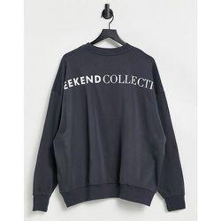 ASOS - Weekend Collective - Sweat-shirt oversize avec logo au dos - Gris ardoise - ASOS Weekend Collective - Modalova