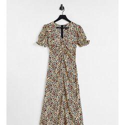 Robe rétro mi-longue en satin à imprimé léopard - Influence Tall - Modalova