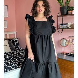 New Look Curve - Robe mi-longue babydoll à encolure carrée et manches à volants - New Look Plus - Modalova