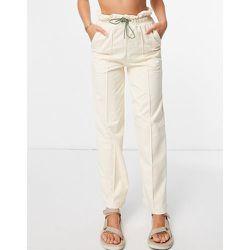 INFUSE - Pantalon à taille haute froncée - Crème - Puma - Modalova