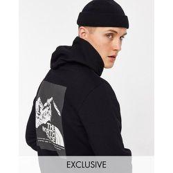 Hoodie imprimé dans le dos - - Exclusivité ASOS - The North Face - Modalova