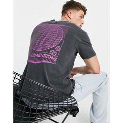 T-shirt oversize avec Dimensions imprimé sur le devant et au dos - délavé - Topman - Modalova