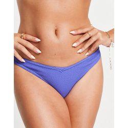 Bas de bikini froissé coupe en V en tissu recyclé - Topshop - Modalova