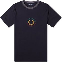 Embroidered Laurel Logo Tee , , Taille: M - Fred Perry - Modalova