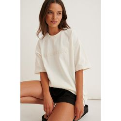 Biologique T-shirt Oversize En Coton Épais - Offwhite - Marije Zuurveld x NA-KD - Modalova