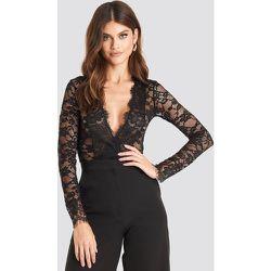 Long Sleeve V-neck Bodysuit - Black - NA-KD Party - Modalova