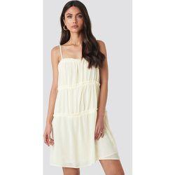 Thin Strap Tiered Mini Dress - Offwhite - NA-KD Boho - Modalova