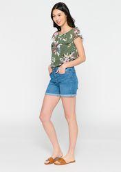 Short en jeans avec revers - LolaLiza - Modalova