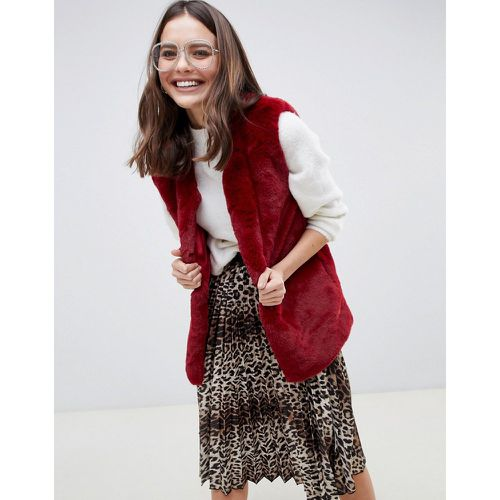 Gilet en fausse fourrure douce - QED London - Shopsquare