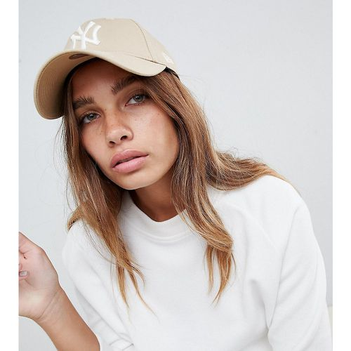 Forty NY - Casquette en exclusivité - Taupe- - new era - Modalova