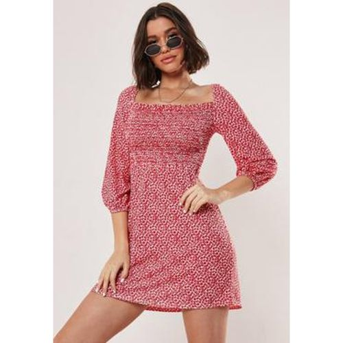 Robe de patineuse rouge à fleurs - Missguided - Shopsquare