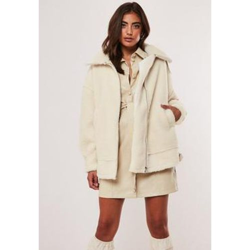 Veste aviateur blanche oversize imitation fourrure - Missguided - Shopsquare